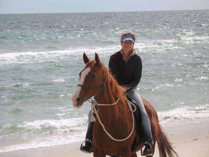Summer and MaryAnn on the Beach 1009